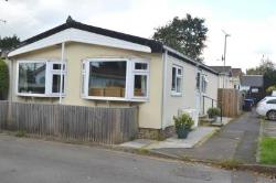 Mobile Home For Sale  Addlestone Surrey KT15