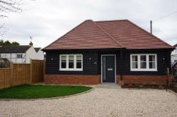 Detached Bungalow To Let  Leighton Buzzard Bedfordshire LU7
