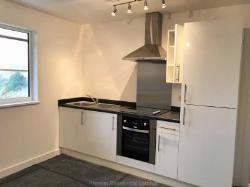 Flat To Let  Manchester Greater Manchester M27