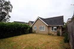 Detached Bungalow To Let  Wellingborough Northamptonshire NN9