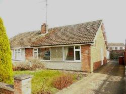 Semi - Detached Bungalow To Let  Wellingborough Northamptonshire NN8