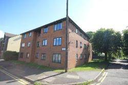 Flat To Let  Wellingborough Northamptonshire NN8