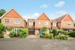 Detached House To Let  Reigate Surrey RH2