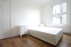 Terraced House To Let  East Dulwich Greater London SE22