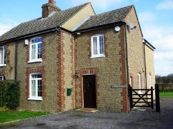Semi Detached House To Let  Sevenoaks Kent TN15