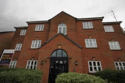 Flat To Let  Ashton Under Lyne Greater Manchester OL6