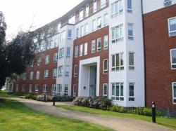 Flat To Let  South Woodford Greater London E18