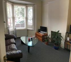 Flat To Let  LEYTONSTONE Greater London E11