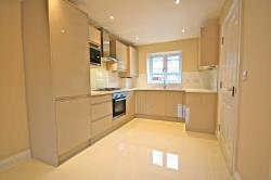 Semi Detached House To Let  Farnborough Hampshire GU14