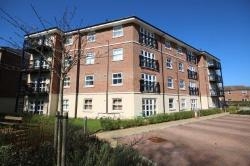 Flat To Let  Farnborough Hampshire GU14