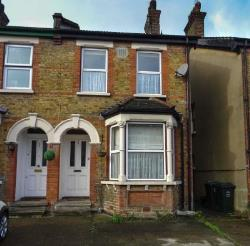 Semi Detached House For Sale  Dartford Kent DA1