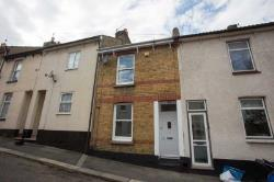 Terraced House To Let  Chatham Kent ME4
