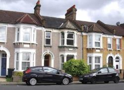 Terraced House To Let  London Greater London SE6