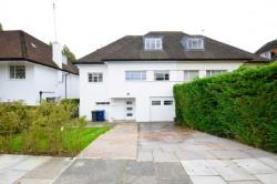 Terraced House To Let  London Greater London N2