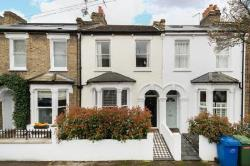Terraced House To Let  London Greater London SE22