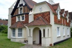 Detached House For Sale  Feltham Middlesex TW14