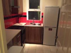 Terraced House To Let  Southall Middlesex UB1