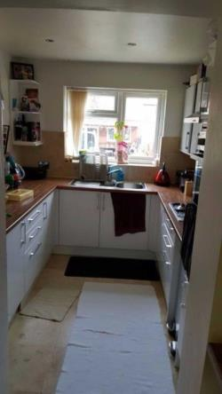 Semi Detached House To Let  Southall Middlesex UB1
