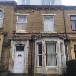 Flat To Let  BRADFORD 8 West Yorkshire BD8