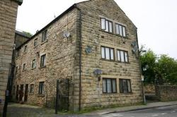 Flat To Let  Rasmbottom Greater Manchester BL0