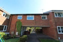 Flat To Let  Rochdale Greater Manchester OL11