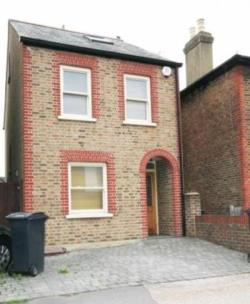 Detached House To Let Kingston Surrey Surrey KT1