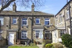 Terraced House To Let Outlane Huddersfield West Yorkshire HD3