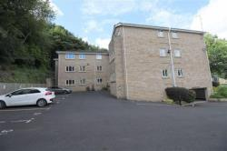 Flat To Let Lower Fixby Huddersfield West Yorkshire HD2