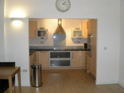 Flat To Let  Swansea West Glamorgan SA1