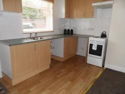 Terraced House To Let  Wakefield West Yorkshire WF5