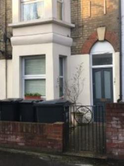 Flat To Let  West Norwood Greater London SE19