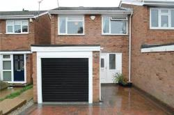 Semi Detached House To Let  Essex Essex RM11