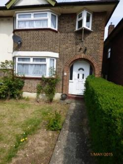 End Terrace House To Let  Luton Bedfordshire LU1