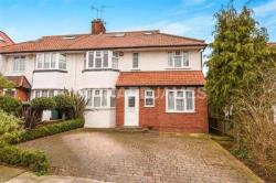 Terraced House For Sale   Greater London NW7