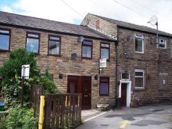 Flat To Let  Rochdale Greater Manchester OL15