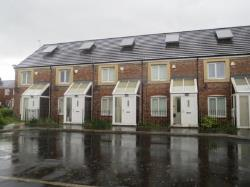 Terraced House To Let  Oldham Greater Manchester OL8