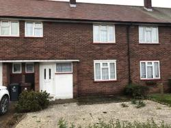 Terraced House To Let  London Essex RM6