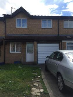 Terraced House To Let  London Essex IG3
