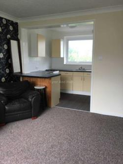 Flat To Let  Liverpool Merseyside L19