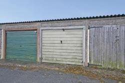 Garage/ Parking For Sale  Dunstable Bedfordshire LU6