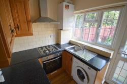 Flat To Let  Ilford Essex IG6