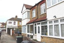 Terraced House To Let  London Greater London N9