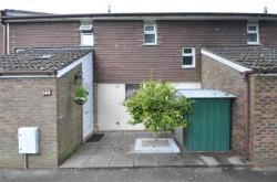 Terraced House To Let  Fleet Hampshire GU52