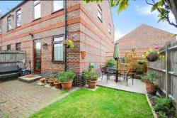 End Terrace House To Let  London Greater London E6