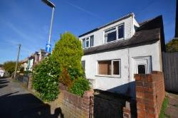 End Terrace House For Sale  Reading Berkshire RG1