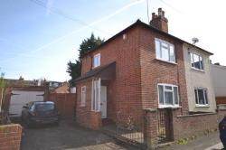 Semi Detached House For Sale  Reading Berkshire RG30