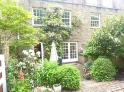 Terraced House To Let  Royal Tunbridge Wells Kent TN2