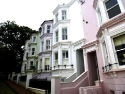 Terraced House To Let  Royal Tunbridge Wells Kent TN1