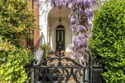 Terraced House For Sale  London Greater London W11