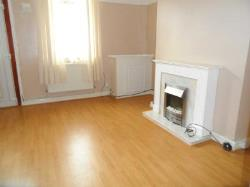 Semi Detached House To Let  St Helens Merseyside WA10